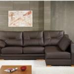 Sofá tapizado en piel